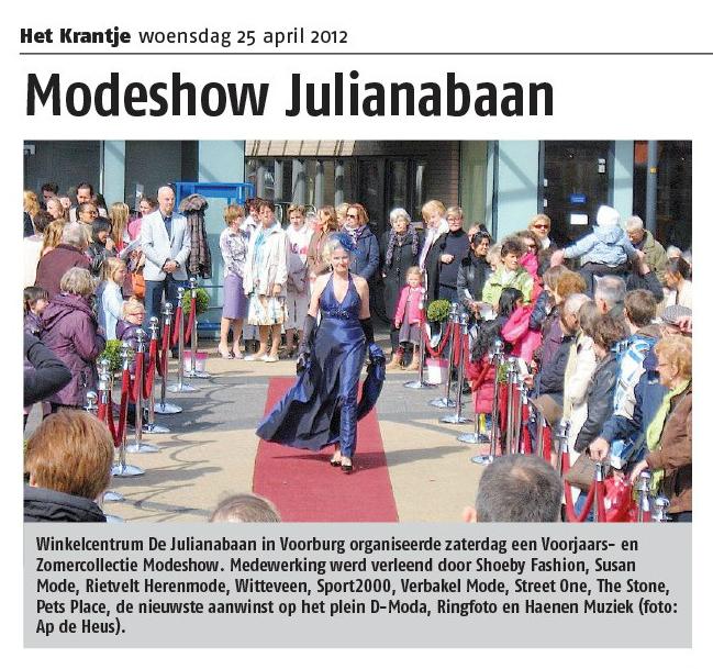 Krantenartikel Modeshow Julianabaan